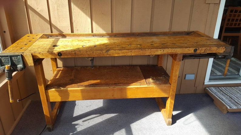 Enjoyable Antique Workbench Cabinet Makers Bench Vintage Workbench With Two Mental Vises Gmtry Best Dining Table And Chair Ideas Images Gmtryco