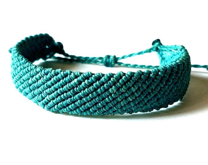 Flat Braided Bracelet, Choose Your Color, Adjustable Waterproof Bracelet, Surfer Bracelet, Thick Bracelet, Macrame Bracelet
