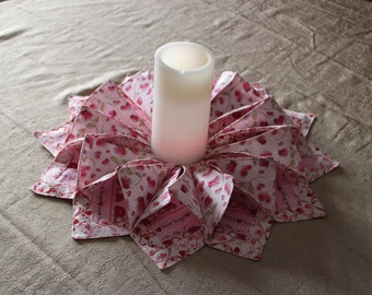 Valentines Day Table Runner, Valentines Day Fold n' Stitch Wreath