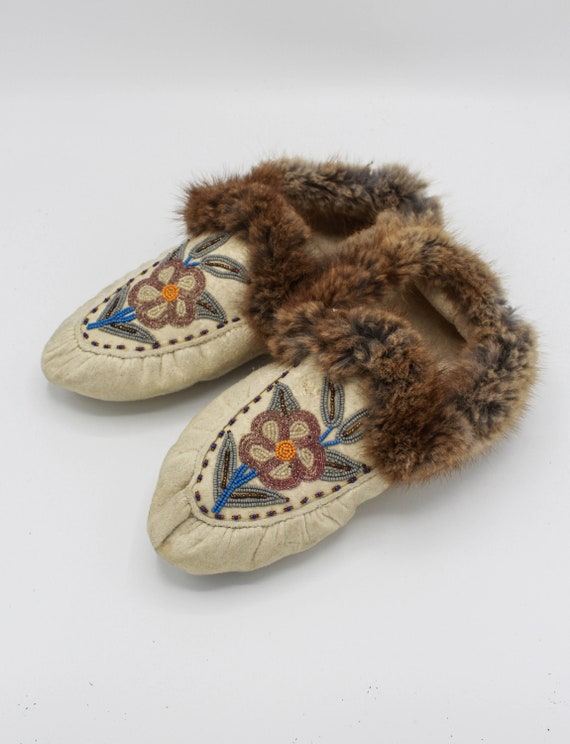 Vintage Hand Beaded Fur Slippers - Women's 8.5