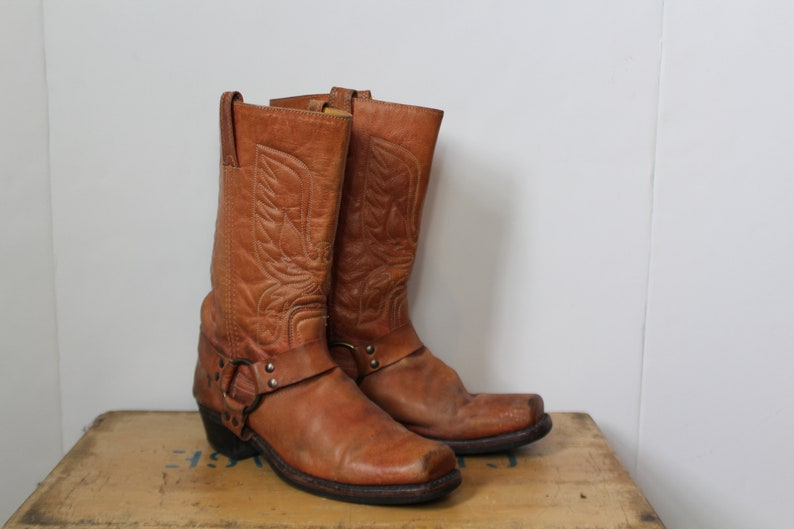 cd7e82704e3 Vintage Men's Frye Eagle Embroidered Moto Boots 10M