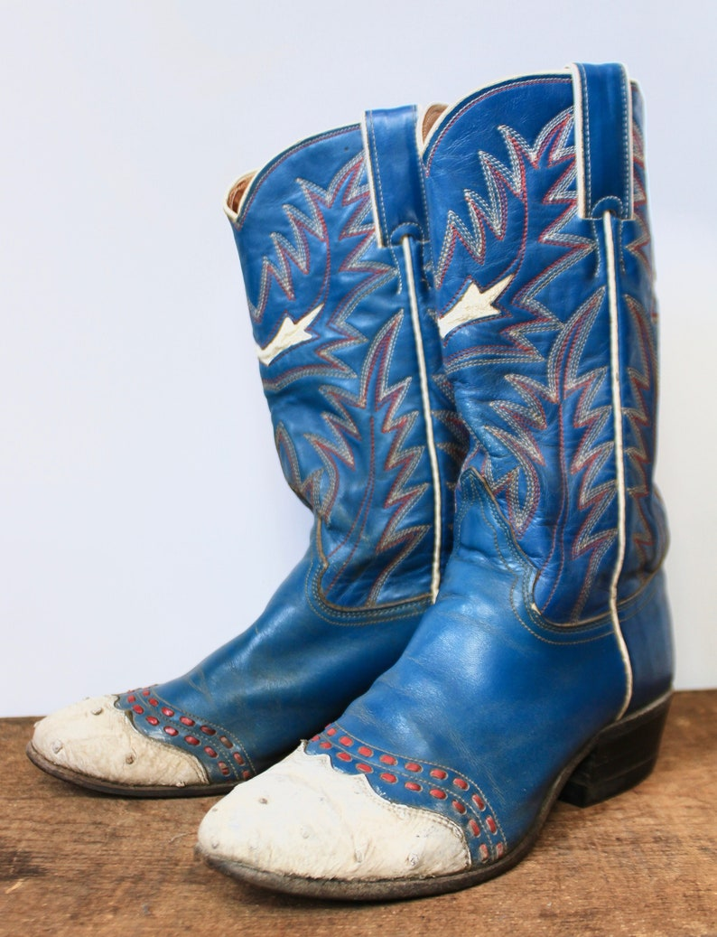fefaf96bde0 Vintage Justin Women's Boots Blue size 5.5 1970s Cowboy Western Boots  Embossed size 6 Embroidery