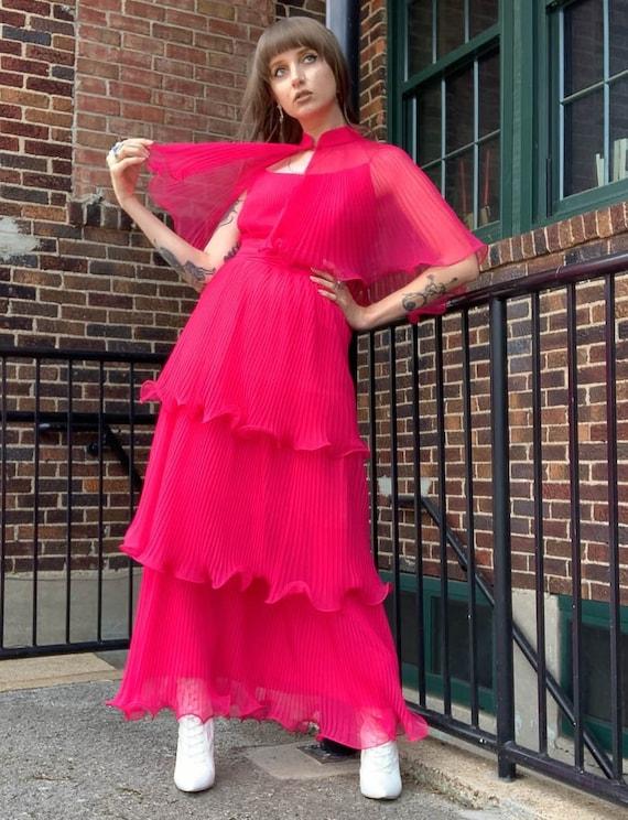 Women's Vintage Fuchsia Pleated Tiered Maxi Dress