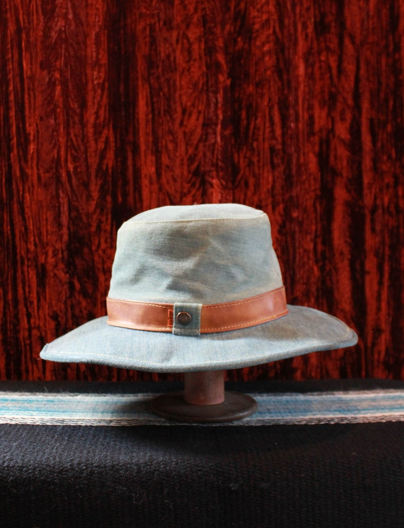 c82ed50d2 Vintage Levi's Denim Hat 70's Orange Tab Size 7- 7 1/8 Medium Western