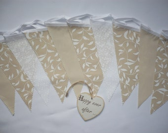 "Fabric Bunting Beige & White - Wedding / Celebration / Party Decor 3m ""Darcy"""
