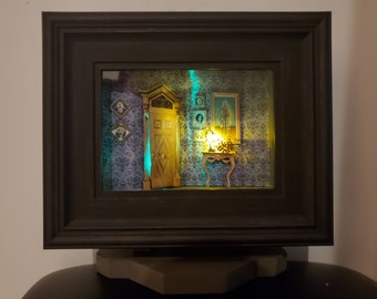 Built on Stand - Haunted Mansion Hallway - LIGHTED