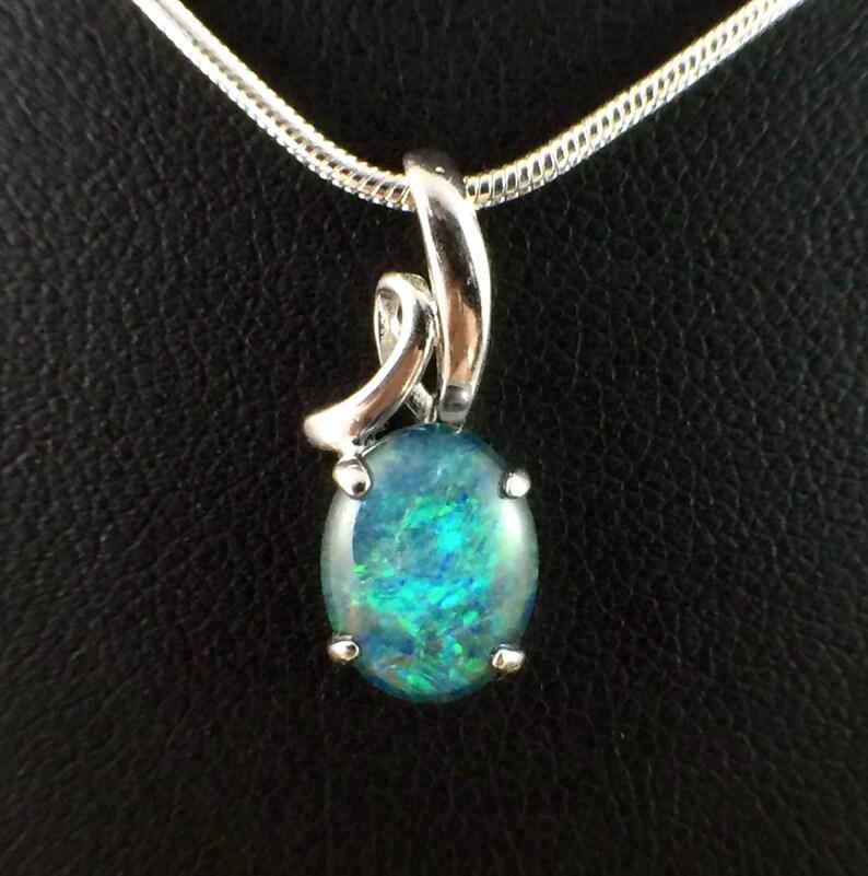 Australian Opal White Mother Of Pearl Flower Shell 925 Sterling Silver Pendant 1 1//4