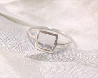 delicate silver ring - square