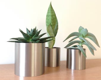 Circular stainless steel for oily/tropical plants pot/container
