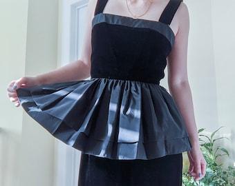 1980s Black velvet /& ivory satin cascade peplum cocktail dress  80s does 50s boned over skirt wiggle Lori Ann party dress S M