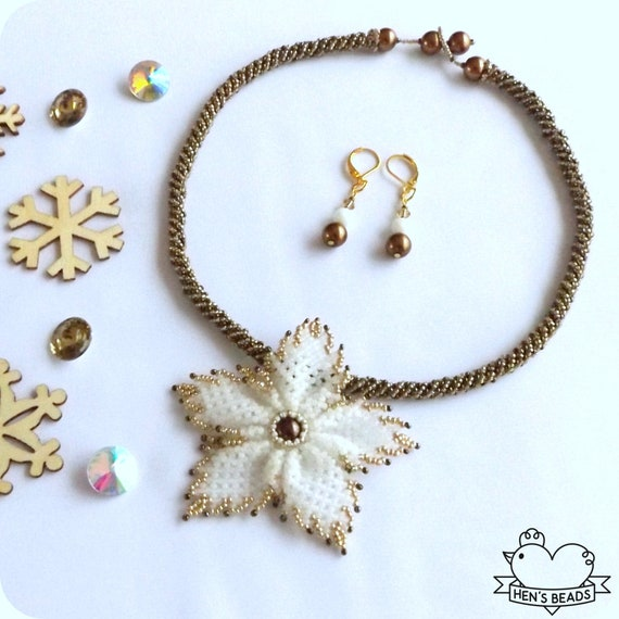 Gold Handmade Beaded Pendant Necklace Star of Christmas White FREE Earrings Christmas Jewelry Set FREE UK Delivery!