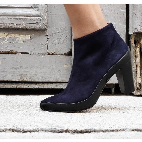 Bottine cuir bleu,   Bottines pointues pointues pointues daim bleu, Boots pointues noire et bleu marine, bottines cuir bleu fabriquée en italie, Richer | En Ligne Outlet Store  56a103