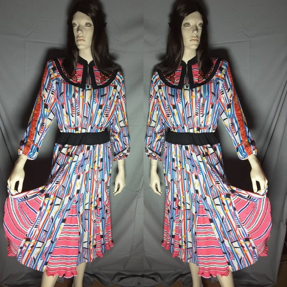 Vintage Diane Fres  Multi color summer dress. Ship