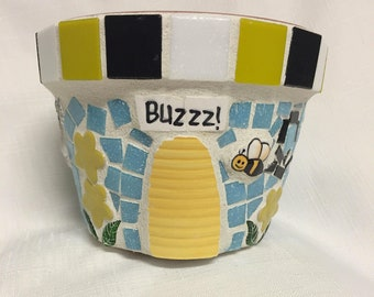 garden or makes a great gift! Dragonfly and Butterfly are all Buzzing on this Handmade Mosaic Flower Pot Bumblebees brighten up any room