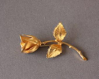 Vintage Giovanni Gold Tone Rosebud Brooch