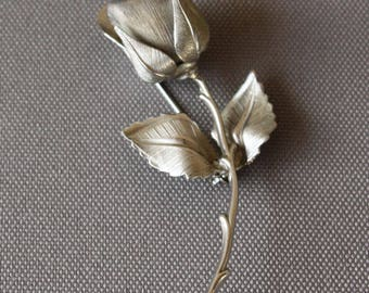 Vintage Giovanni Silver Tone Rosebud Brooch