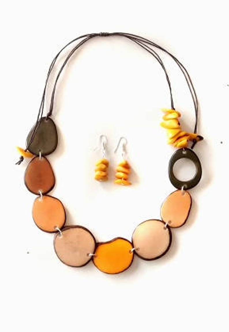 Fair trade jewelry, Necklace for women, Tagua nut jewelry, Fair trade  necklaces, Handmade necklaces, Ecological necklaces, Wholesale tagua,