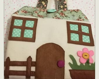 Portable Dollhouses