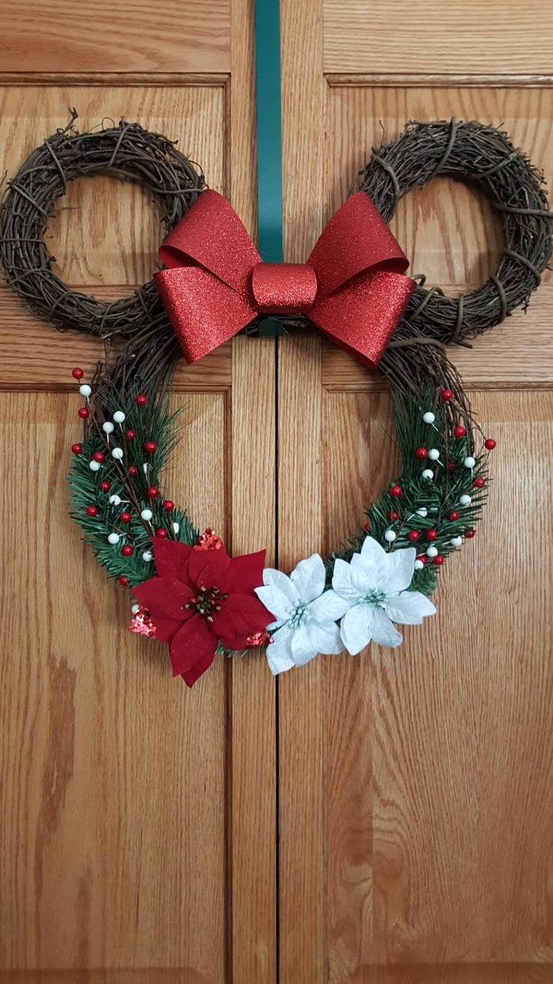 Minnie Mouse Wreath.  Mouse wreath. Minnie wreath. Minnie image 0