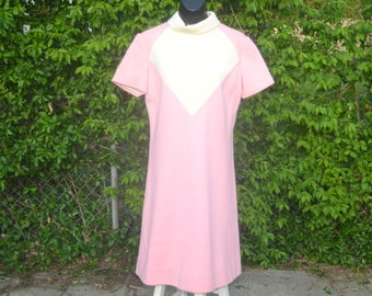 Jeri by Renlyn, pale pink short sleeve dress
