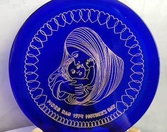 ORREFORS Sweden MOTHER'S DAY Plate. Special Limited Edition 1974.