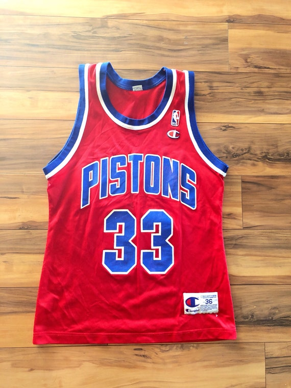 b755a87bf Vintage Champion Grant Hill 33 Detroit Pistons Red NBA