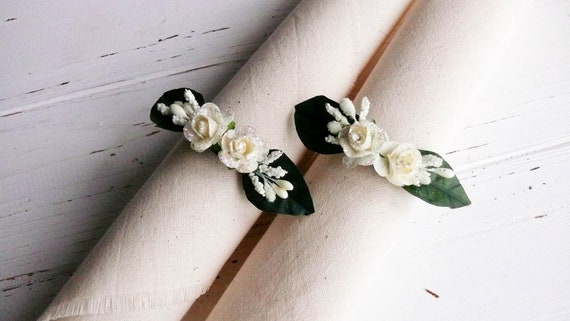 Flower Napkin Ring for cloth napkin
