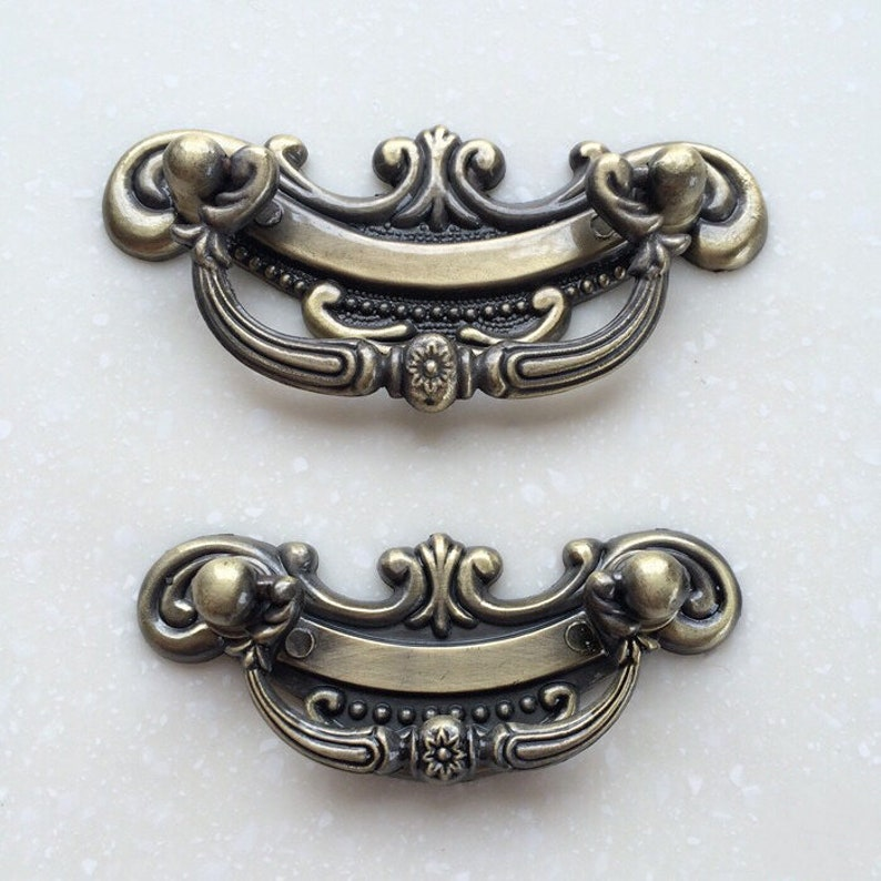 6.1 3.3 French Style Shabby Chic Bail Dresser Drawer Pulls Handles  Antique Copper Drop Cabinet Pull Handle Knobs Furniture Hardware