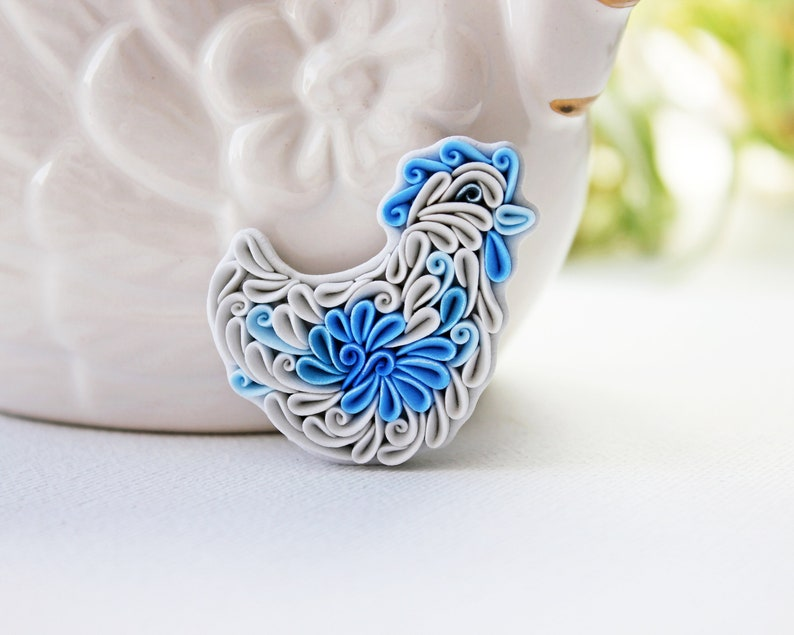 Hen brooch pin Polymer clay jewelry Russian ornament Gzhel image 0