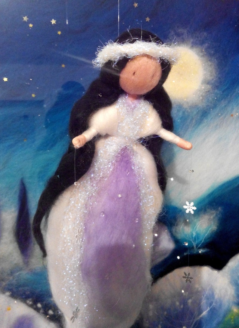 Snow Lady  Frau holle image 0