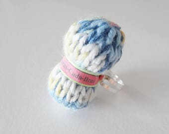 Ring of multicolored yarn (customizable)