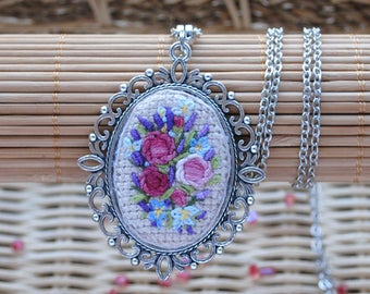 Flower pendant Bouquet necklace hand embroidery delicate jewelry Flower necklace for women classy necklace for wife nature necklace for mom