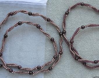 Garnet choker Minimalist gem necklace Beaded twisted chain, January birthstone jewelry, Seed bead necklace everyday, Dainty necklace femme