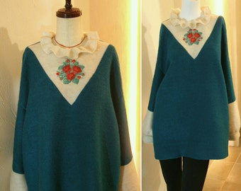 Sea green Contrast Ecru Mohair Ruffle neck collar Floral Flower Roses Embroidery Cross stitch Oversized Sweater US 8  Large COCOdake COuture