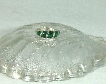 4e66978f1e480 bague en malachite pierre fine semi précieuse et argent, vintage