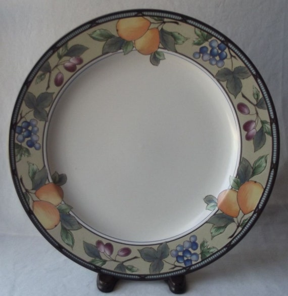 & Vintage Mikasa Oven to Table Dinnerware Chop Plate Garden