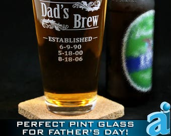 Fathers Day Pint Glass, Personalized Gift for Dad, Custom Fathers Day Gift