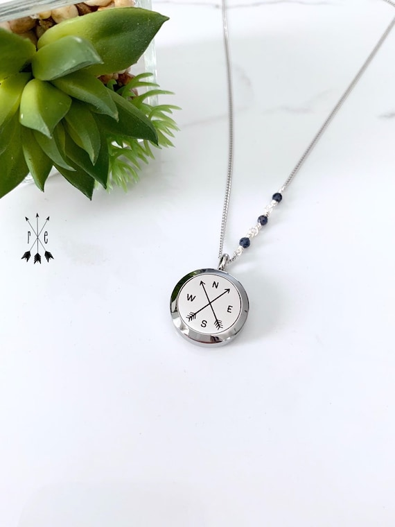 Blue Sapphire Detailed Chain - Compass & Arrows Aromatherapy Necklace - Essential Oil Diffuser Pendant