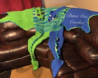 Bulky Two-Headed Dragon Blanket for Two