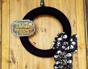 Trick or Treat Yarn Wreath. Black Yarn Wreath. Halloween Decorations, Halloween Wreath, Holiday Wreath Spider Wreath Black and Orange Wreath
