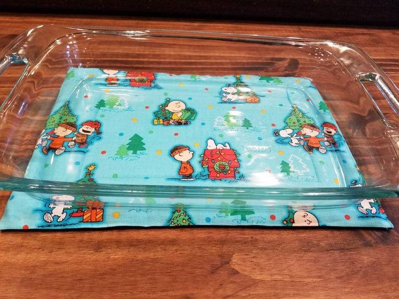 Charlie Brown 9x13 Christmas Casserole Dish Hot Pad Charlie image 0