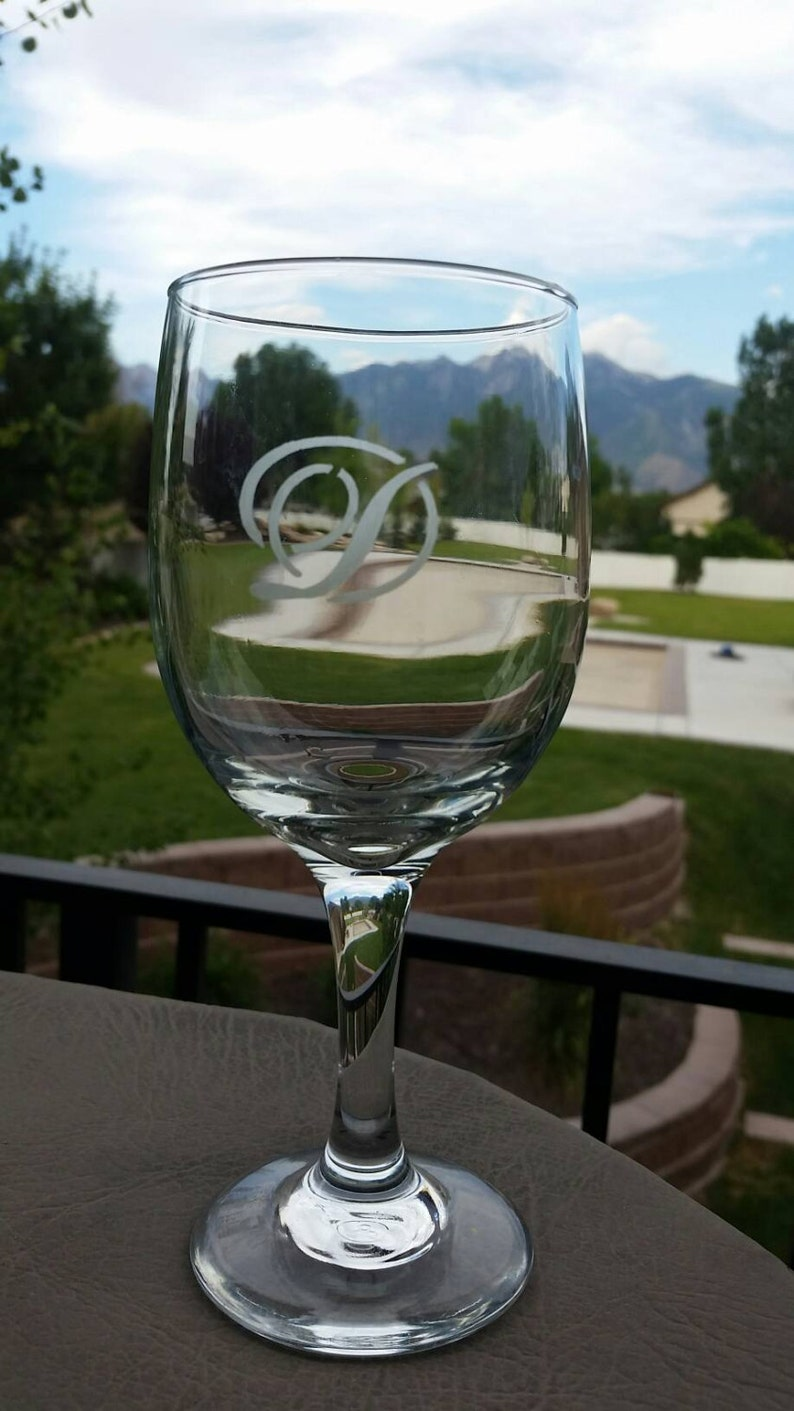 Personalized Etched Wine Glass Personalized Etched Glasses image 0