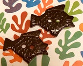 Bakelite Realistic Fish. Black or Brown.