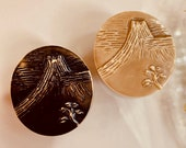 One Piece Tinted Celluloid Button. 1920/30s. Mount Fuji.