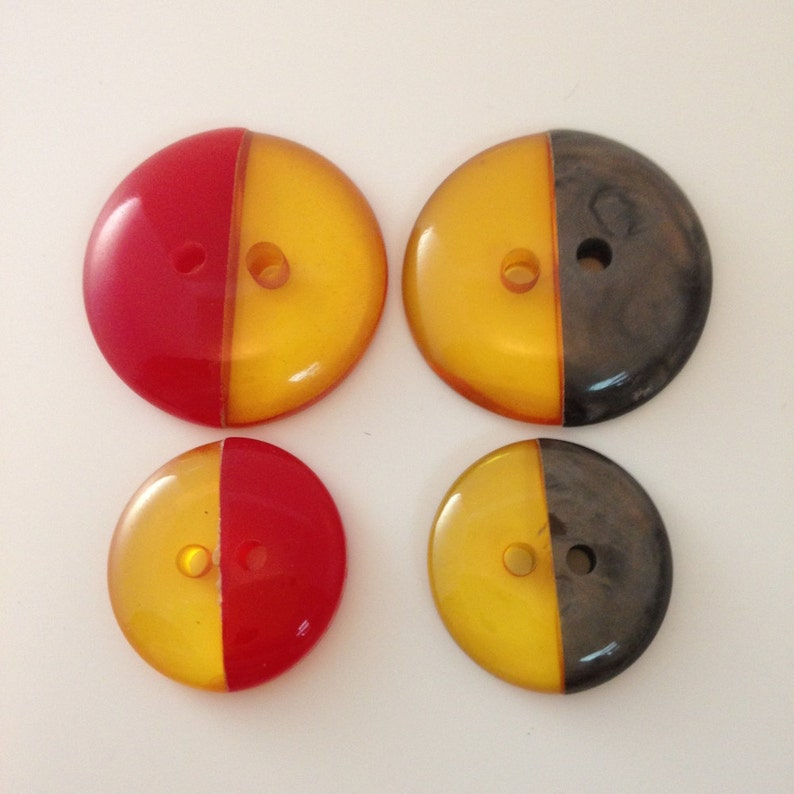 Juicy Italian Bakelite 2 tone buttons. Applejuice. Red. Grey. image 0