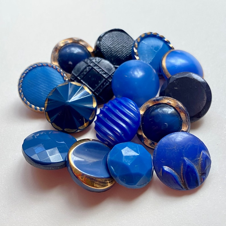 15 Small Vintage Glass Button Collection. Blues 2 image 0