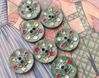Cutest Set of Vintage Buttons. Green. Hand Painted.