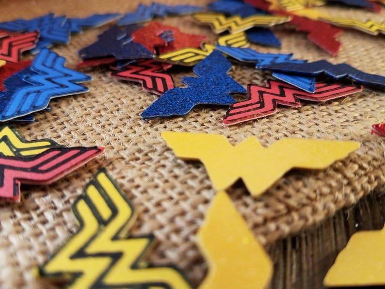 Wonder women party decorations, batman confetti, DC comics party decor,  super hero party decor, party ideas for girls, justice league party