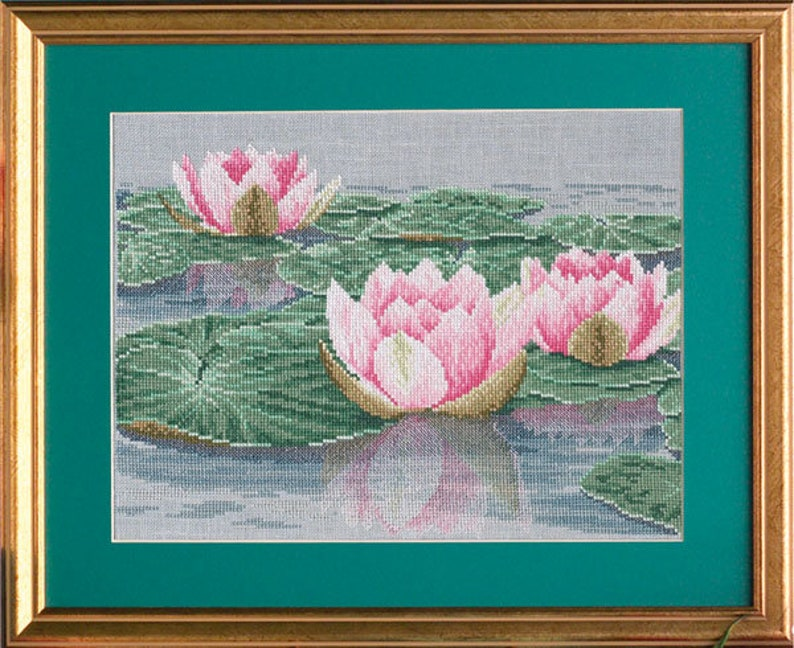 Cross stitch waterlily 'Tranquil Waters'. image 0