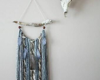 Neutral Yarn Wall Hanging-Grey Yarn Tapestry-Driftwood Yarn Feather Hanging-Boho Nursery-Fringe Wall Hanging-Neutral Nursery-Hippie Decor